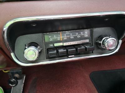Vorstandsvorsitzender der Bite AG im Ford Mustang Cabrio